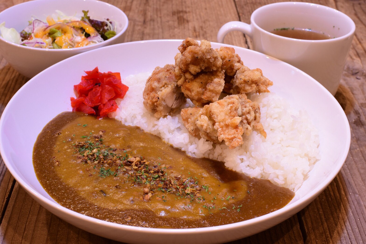 CURRY&CHICKEN PECO