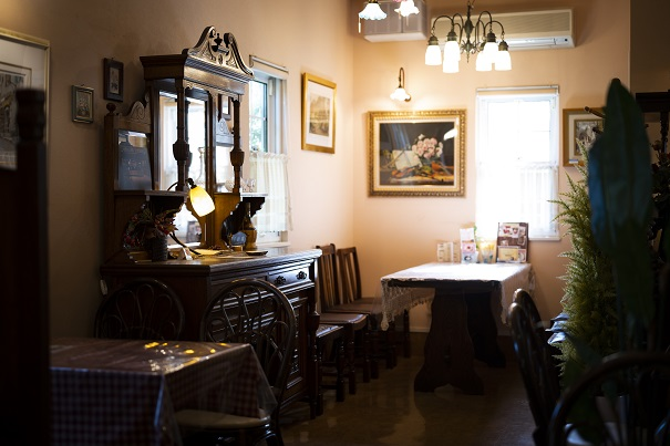 The Antique Cafe